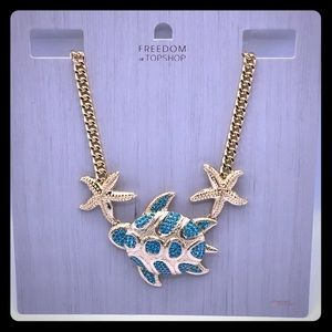 NWT Topshop Freedom turtle necklace